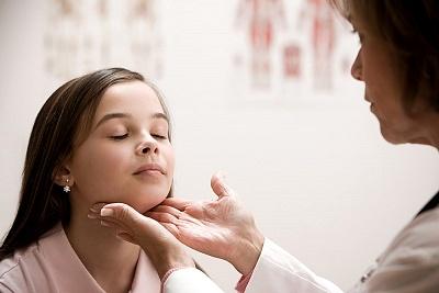武汉患者如何治疗脸部的白癜风比较好呢
